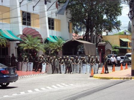 20100813082129-esercito.jpg